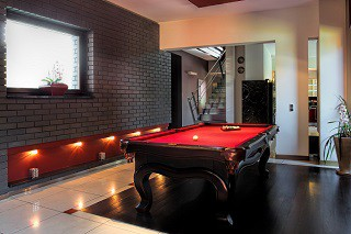 pool table recovering and pool table refelting pros in Frederick image3
